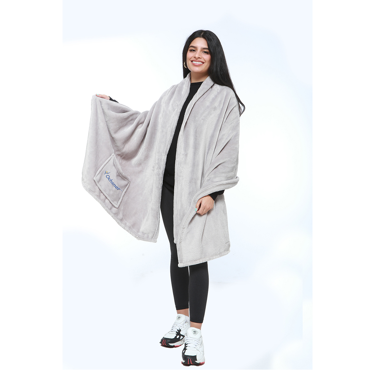 PLUSH BLANKET SHAWL WITH POCKETS